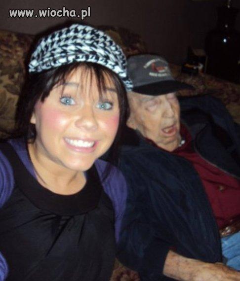 Z dziadkiem, super wnusia