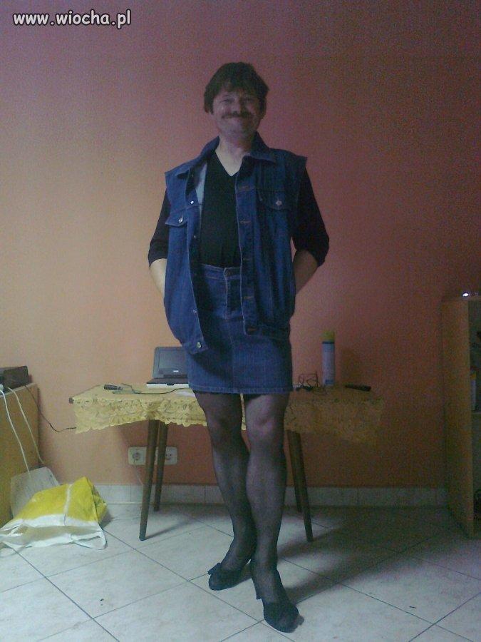 Ładnie mi w spódnicy?
