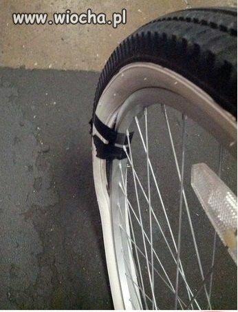 Na jednym z parkingów rowerowych