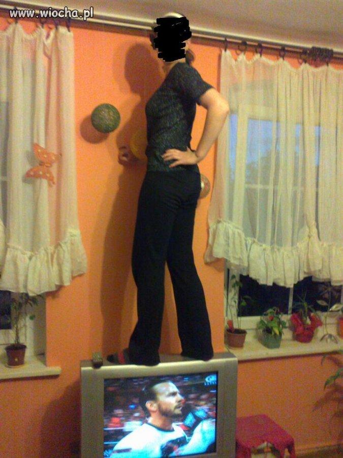Na telewizorze