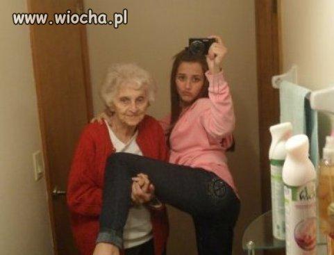 Babciu,potrzymaj mi nogę