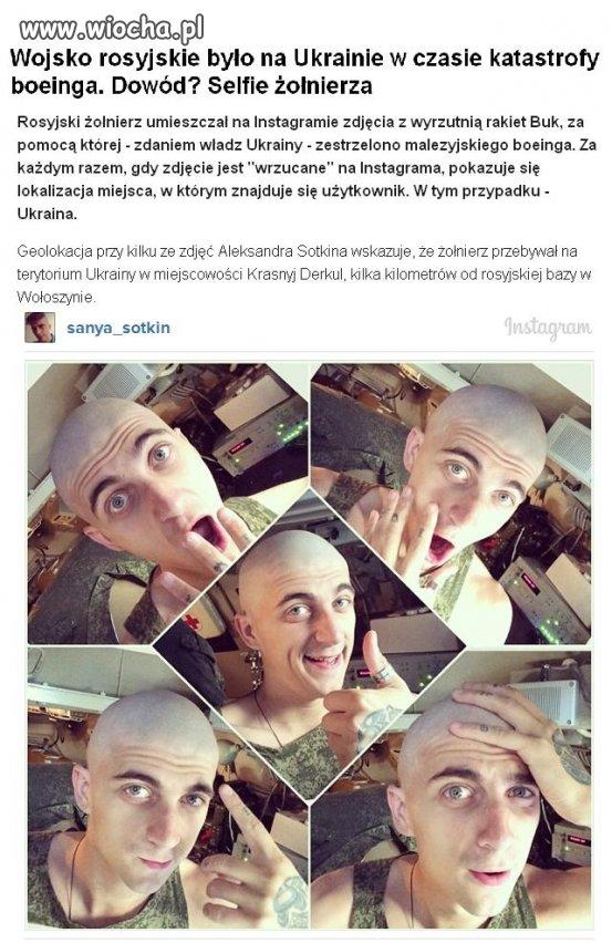 Śliczny i fotogeniczny ruski żołnierz