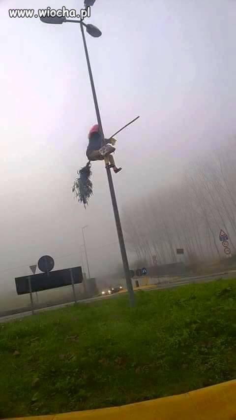 Gęsta mgła była...
