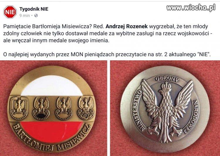 Komu medal, komu?