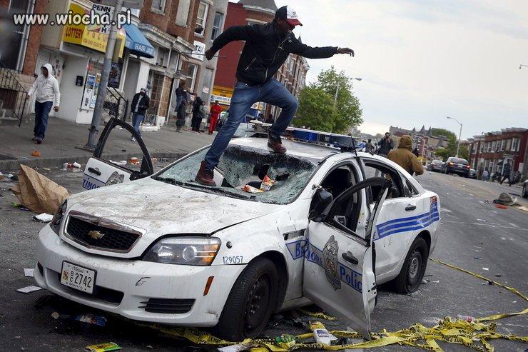 Bojownicy o wolność demolują Baltimore, USA