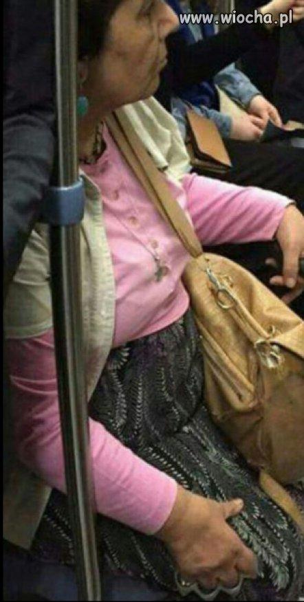 Babcia-łomot