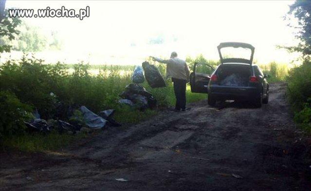 Segregowanie śmieci po polsku