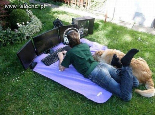 Idź pograj na dworze