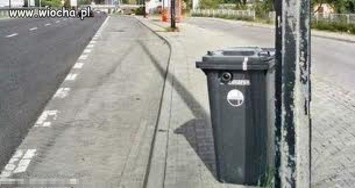 Niby zwykły kosz na śmieci...