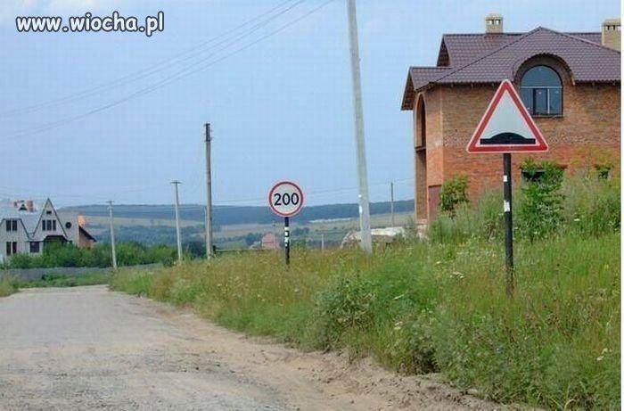 Bo ograniczenia prędkości są dla miastowych...