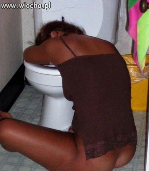 Najlepszy przyjaciel pijanej kobiety?