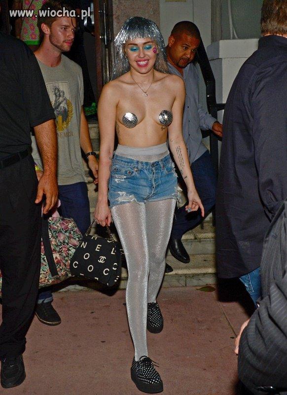 Słodka i niewinna Hannah Montana,
