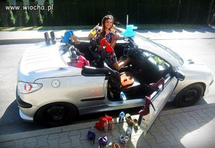 """Buciki, samochód i """"księżniczka""""..."""