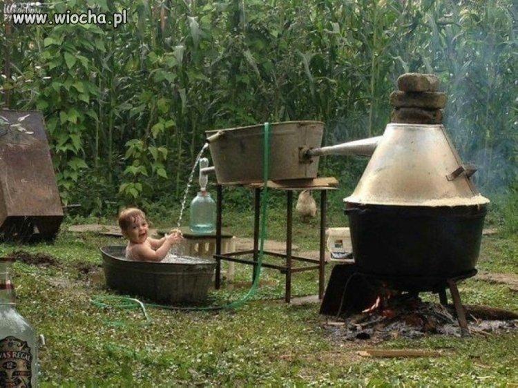 Tatuś zrobił ciepłą kąpiel