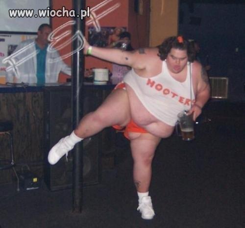 Profesjonalne wykonanie tańca na rurce