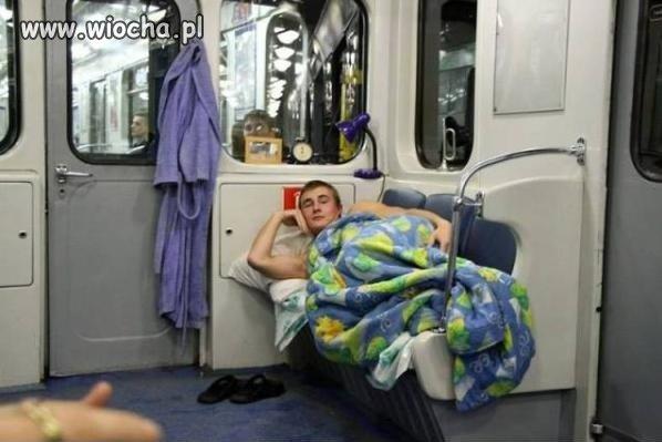 Metro wagon sypialny