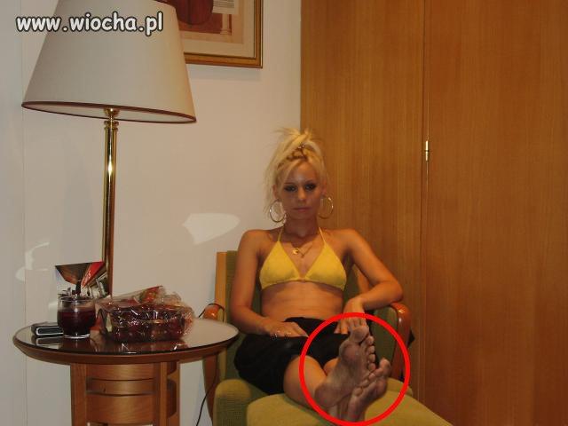 Księżniczka i jej brudne stopy...