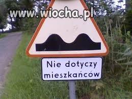 Dziwne oznakowanie drogowe