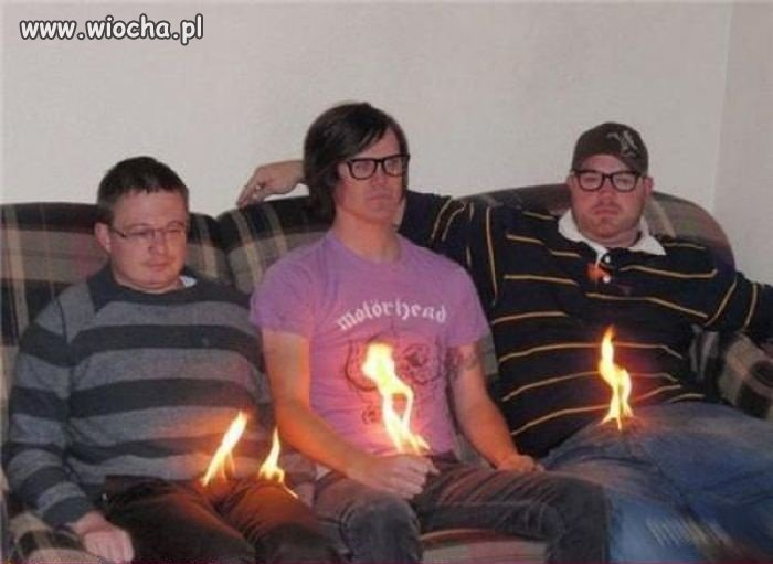 Napalają się chłopcy...