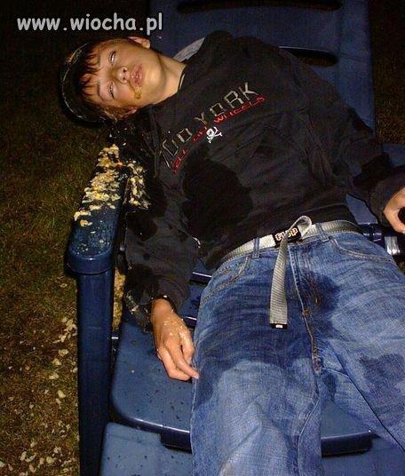Poległ w piciu chłopaczek