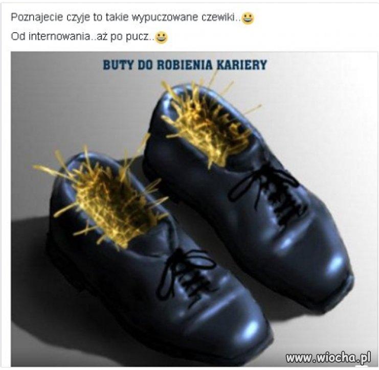 Czyje to obuwie ???