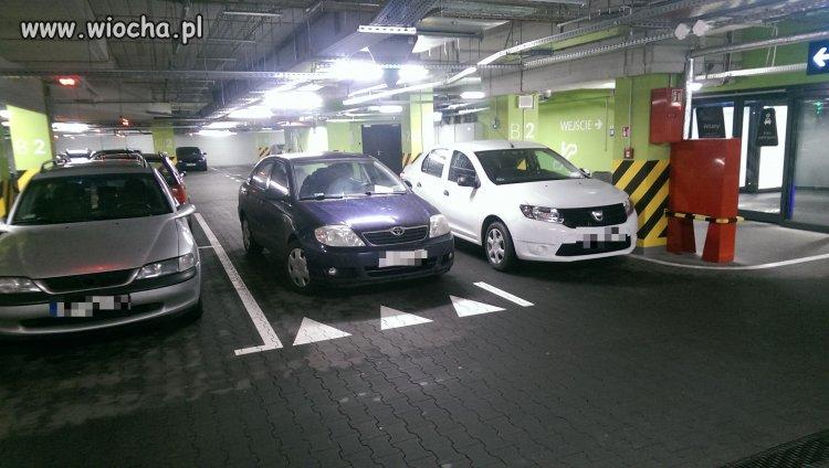 Tak się parkuje w Białymstoku