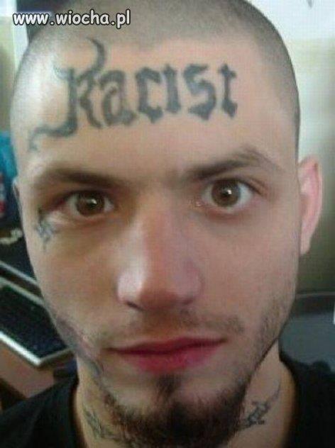 Rasizm ma wypisany na twarzy