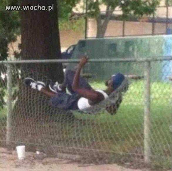 Uchodźca odpoczywa