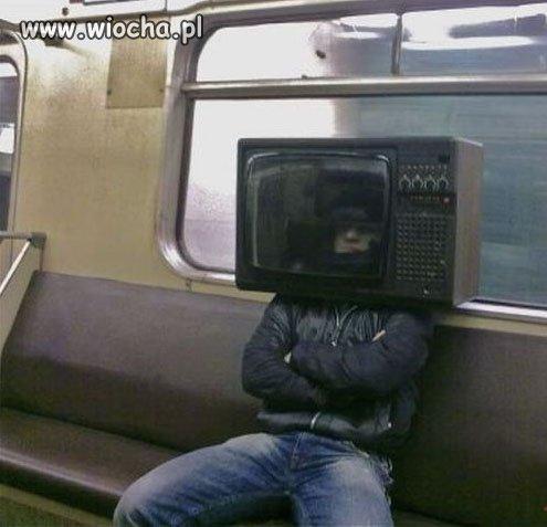 Człowiek telewizor ...