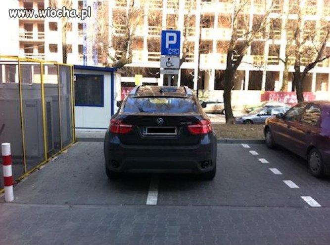 Nie ma miejsca parkingowego?
