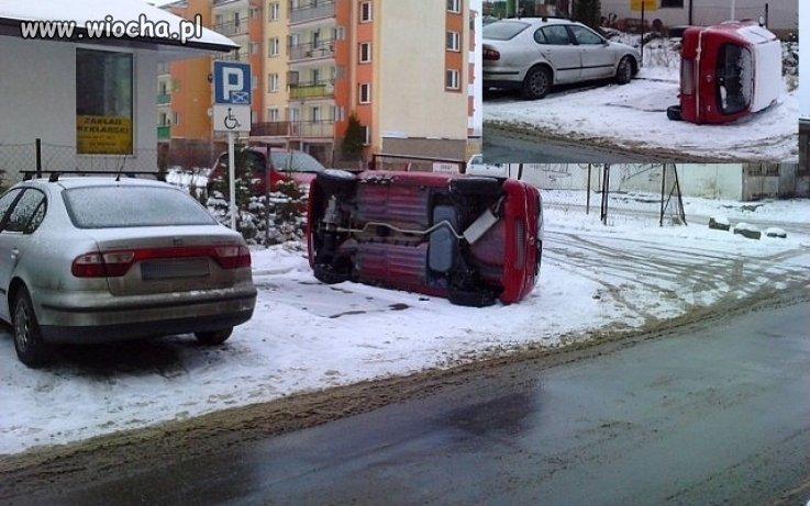 Tak powinni robić z każdym kto parkuje...