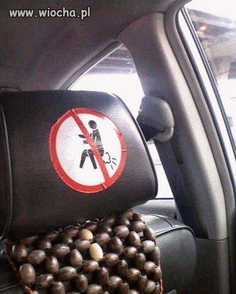Zakaz puszczania bąków w taksówce...