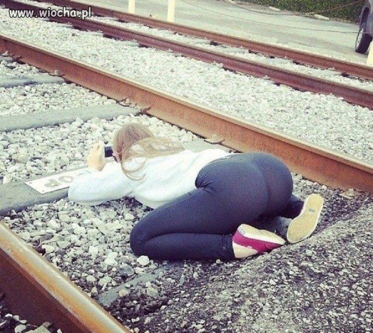 Ciekawe czy wie gdzie lecą szczochy z pociągu