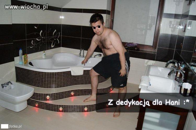 Lansik w łazience z dedykacją dla Hani