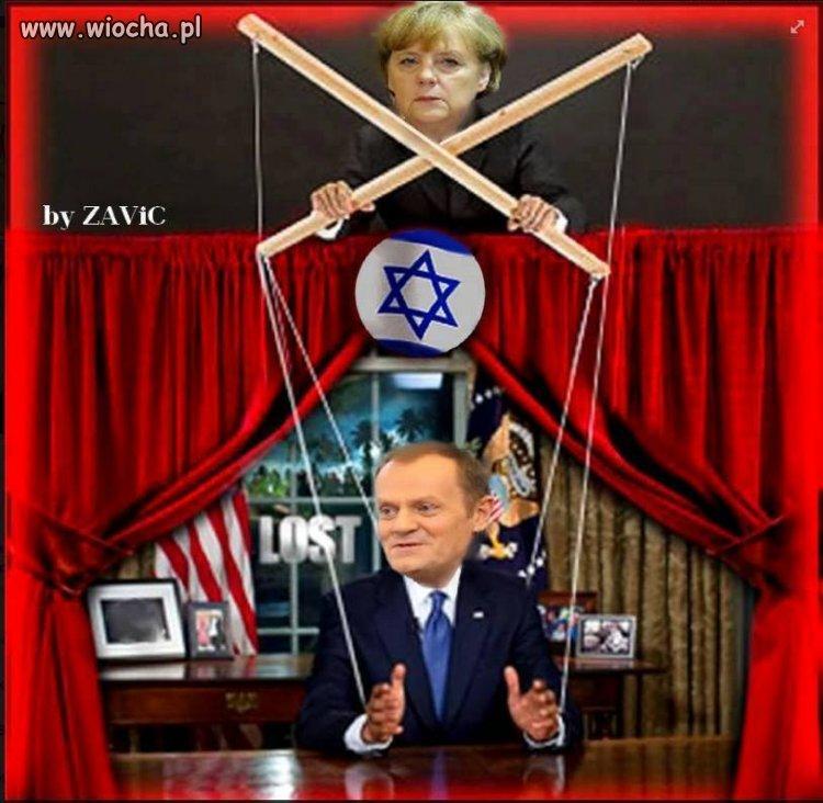 Donald Tusk awansował