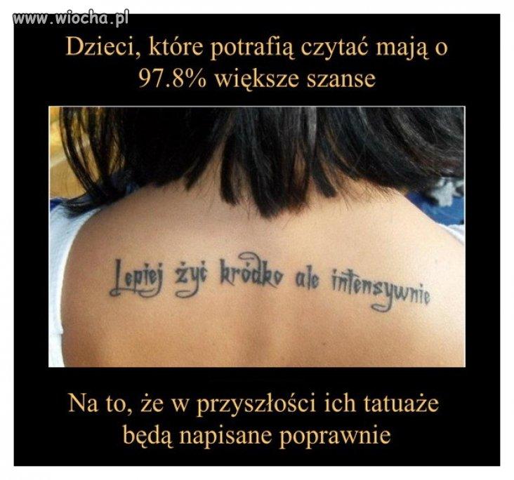 """Ciekawe jak """"kródko"""" chwaliła się tym tatuażem?"""