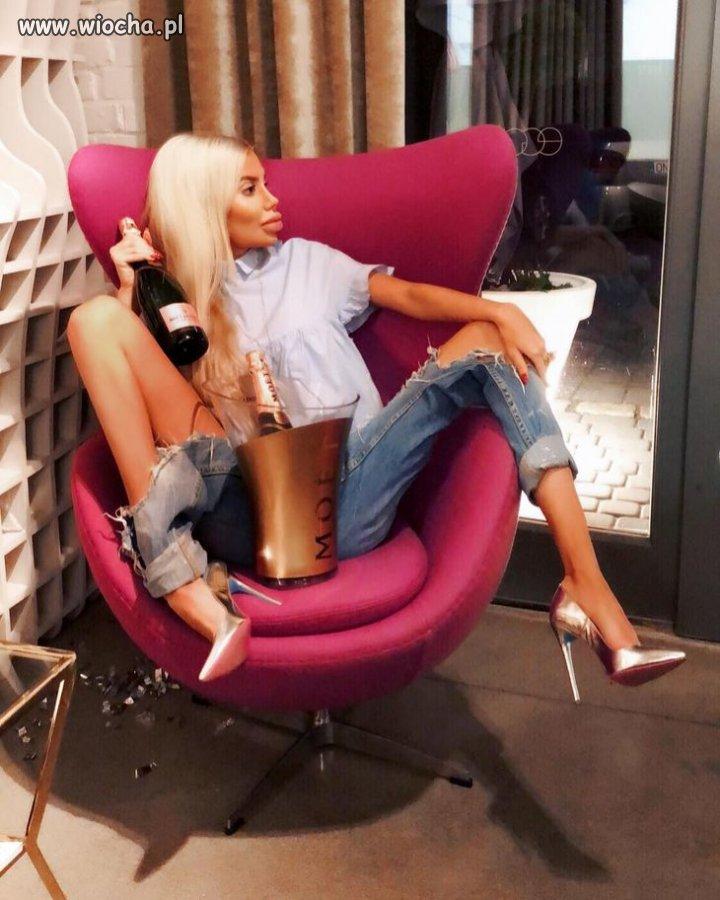 Nareszcie-uważa się za pierwszą polską Barbie