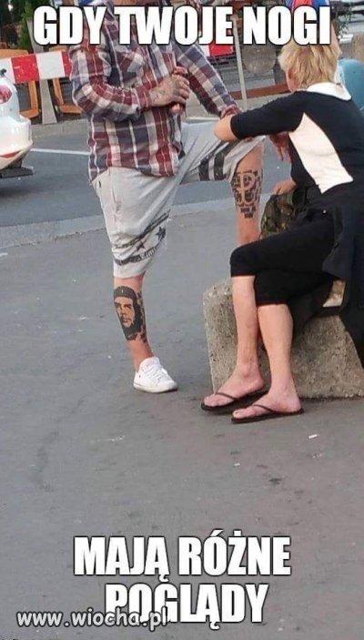Jedna noga ma prawicowe poglądy a druga...