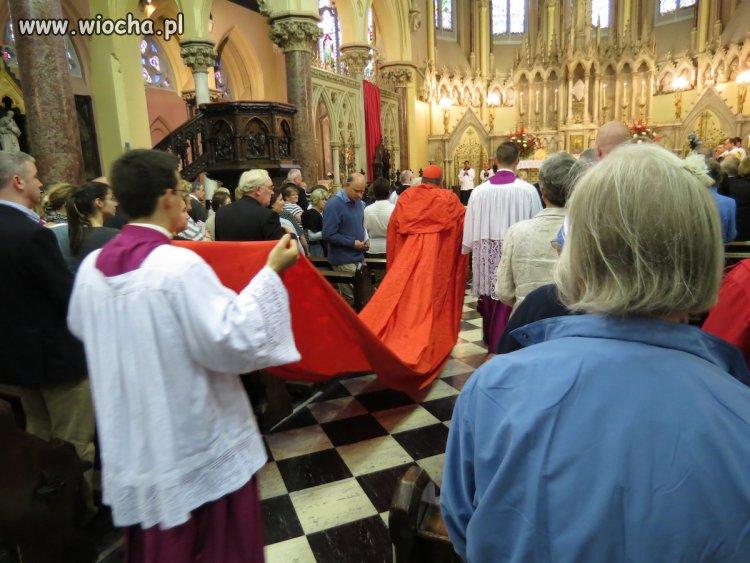 Pokaz mody z Watykanu