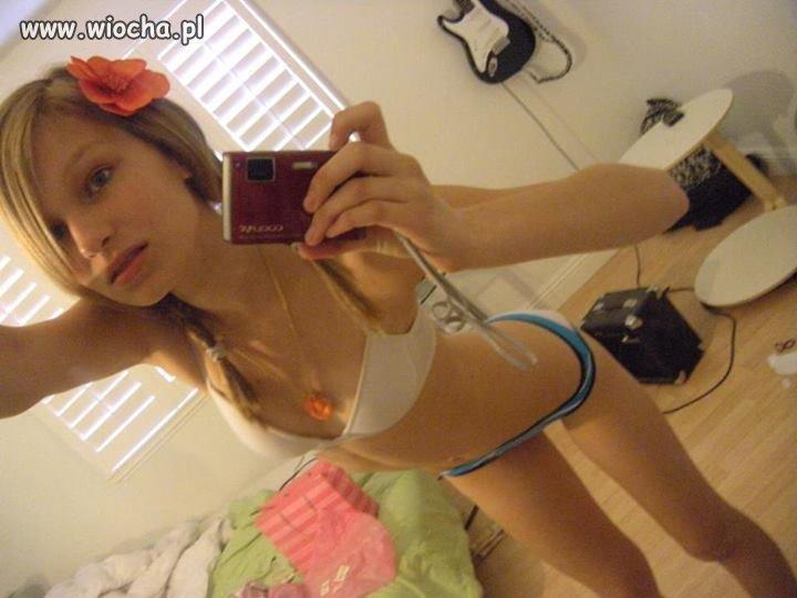 Nn Sexy Jailbait Bikini Model