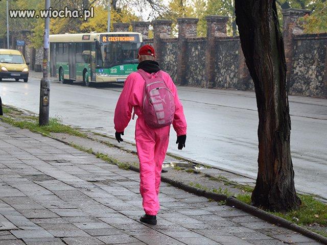 Różowy facecik