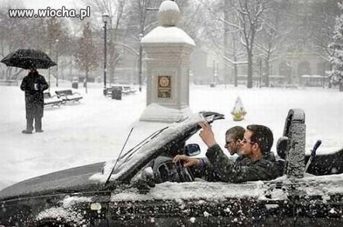 Cabrio zimą+zimny łokieć+okulary= wiocha