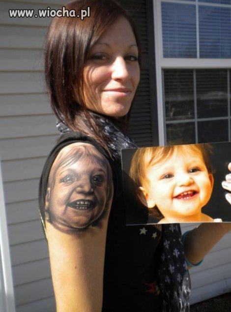 Powinna oskar�y� tego tatua�yst�