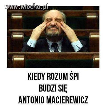 Hmm Berczyński dostał certyfikat bezpieczeństwa