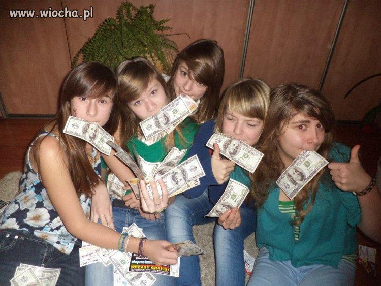Nastolatki i kasa