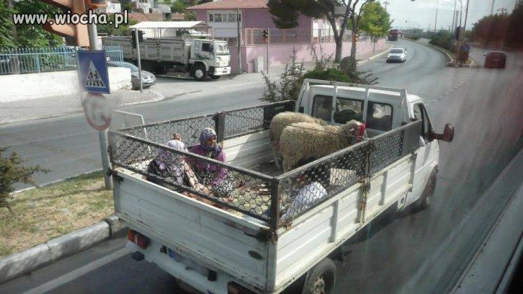 Przewóz kobiet w Islamie