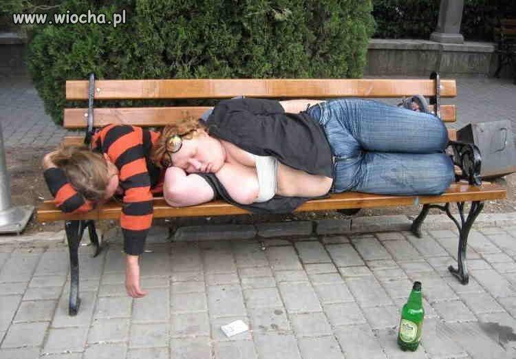 opile zeny prcat