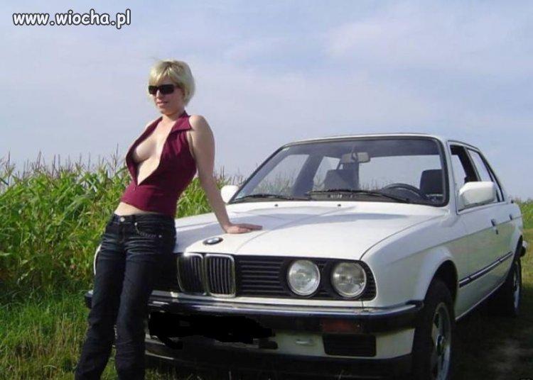 Blachara jest, cycki są, lans na BMW jest