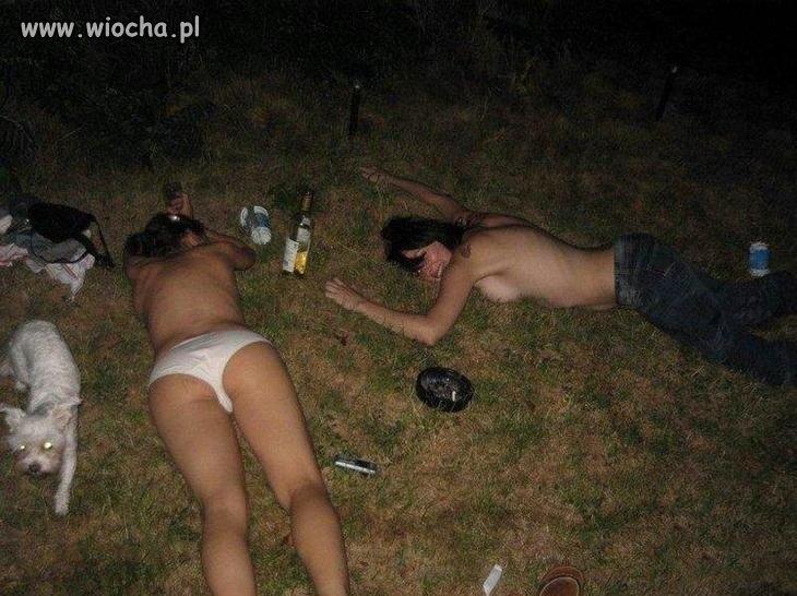 голые пьяные на природе фото