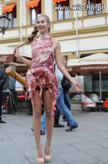 Uchodźcoodporna sukienka
